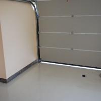 garázs 9