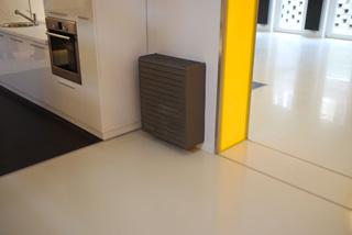 Lakótér burkolata műgyanta padlóval